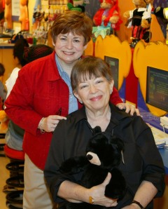 Maxine and Mrs. Marlene Adams  10/06  The Falls Mall, Miami, Fl
